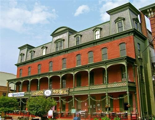 Originally An Attraction For High Society The Union Hotel And Restaurant Not Only Catered To Wealthy But Ghosts Poltergeists